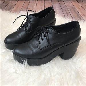 H&M Chunky Lace Up Platform Black Heels size 8.5